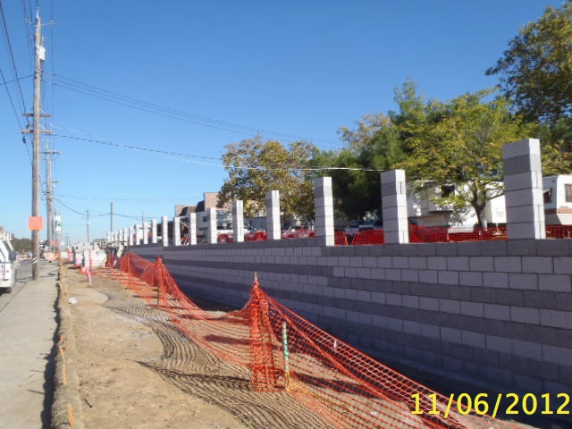 New retaining wall at Pratt and Auburn taking shap
